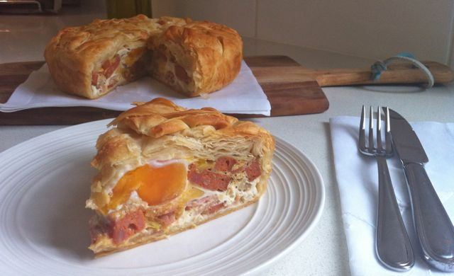 chorizo bacon and egg pie sliced1