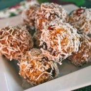 Healthy Fruit and Nut Balls