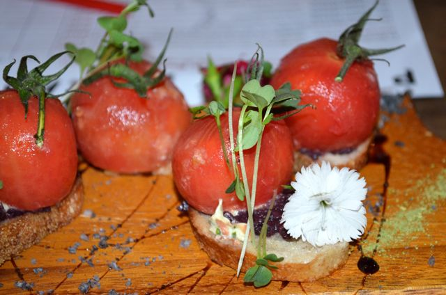 Heirloom Tomatoes -The Burrow