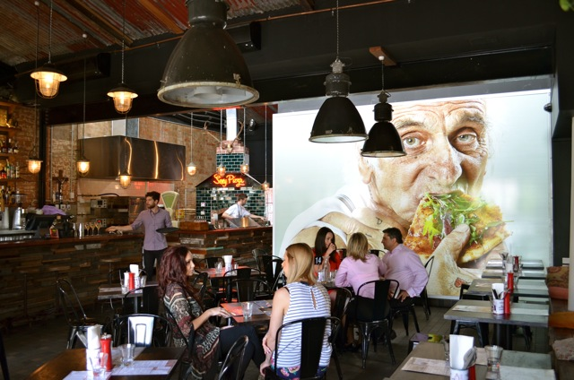 Miss Foodie Reviews - Alfredos Pizzeria02