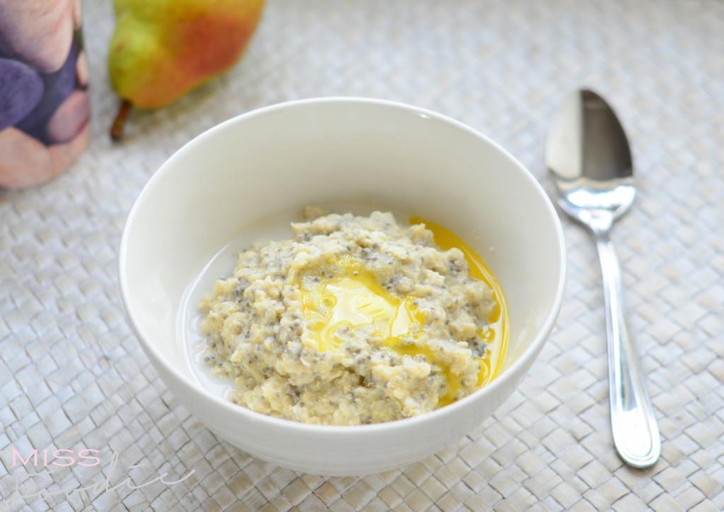 Quinoa Porridge with Chia - MissFoodie