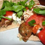 Easy Tuesday Dinner – Lebanese Meatball Pockets