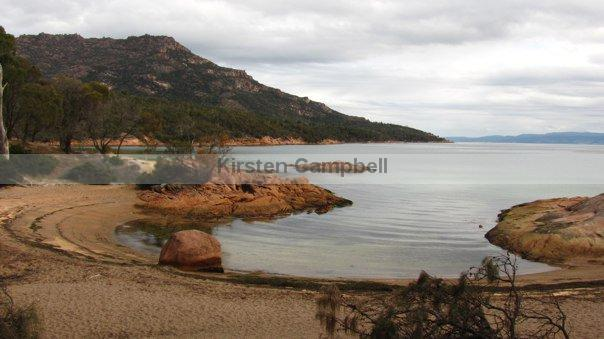 tas-honeymoon-bay-at-cape-tourville-in-coles-bay